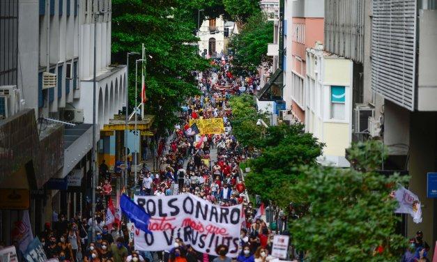 Esquerda vai às ruas medir forças com o bolsonarismo