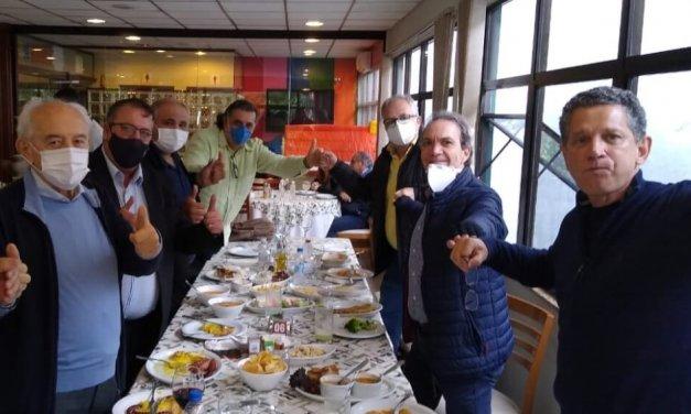 Dirigentes de seis partidos de esquerda almoçam e falam em unidade para 2022 em SC