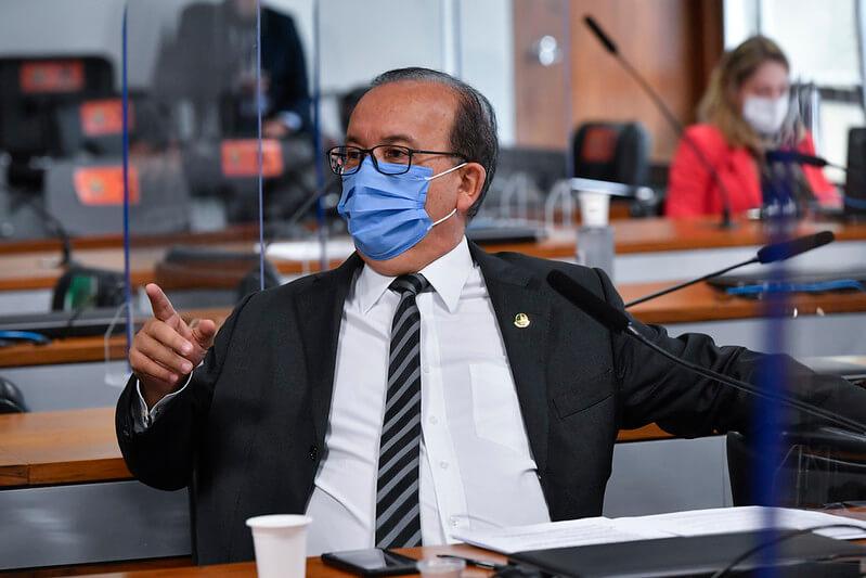 """Jorginho Mello: """"Apoio de Bolsonaro é o diferencial, mas eu não sou ciumento"""""""