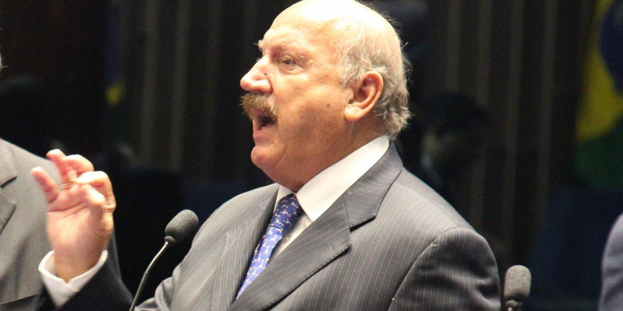 Voto regional deve voltar a ter peso em 2022, mas falta quem se garanta como Luiz Henrique em 2002