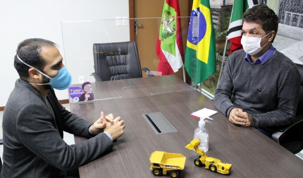 """Conversa em Dia com Clésio Salvaro: """"Governar SC seria uma honra, mas eu jogo com o tempo"""""""