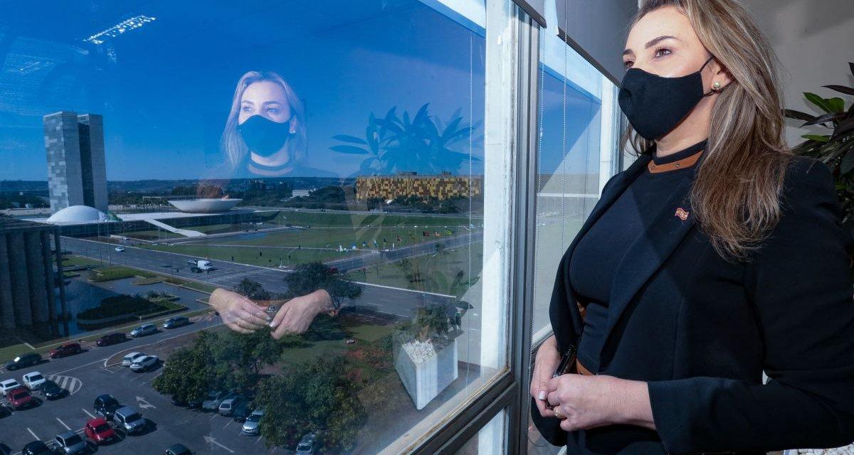 """Daniela Reinehr: """"Moisés se afastou do que a gente se comprometeu a fazer em 2018"""""""