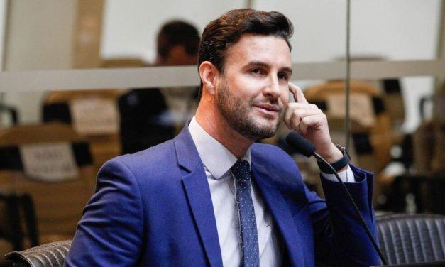 Felipe Estevão decide trocar Psl pelo Ptb com a bênção de Roberto Jefferson