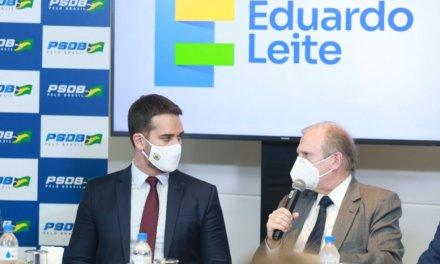Eduardo Leite traz Tasso Jereissati para tentar ampliar apoio dos tucanos de SC na prévia