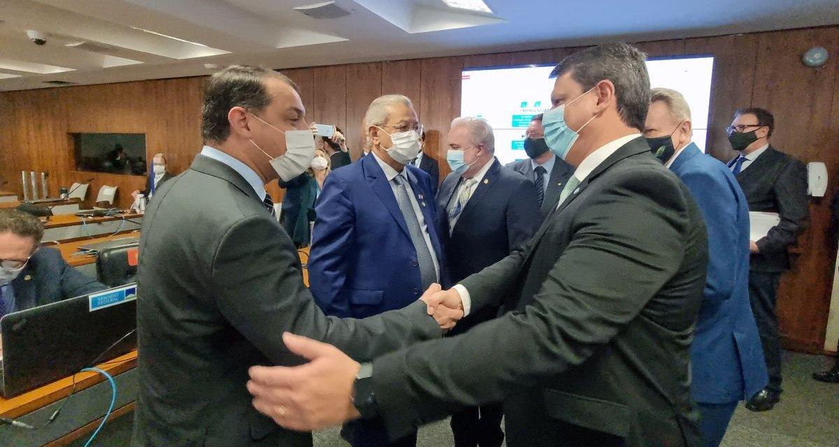 Tarcísio e Moisés assinam acordo para obras nas rodovias federais de SC nesta quarta-feira