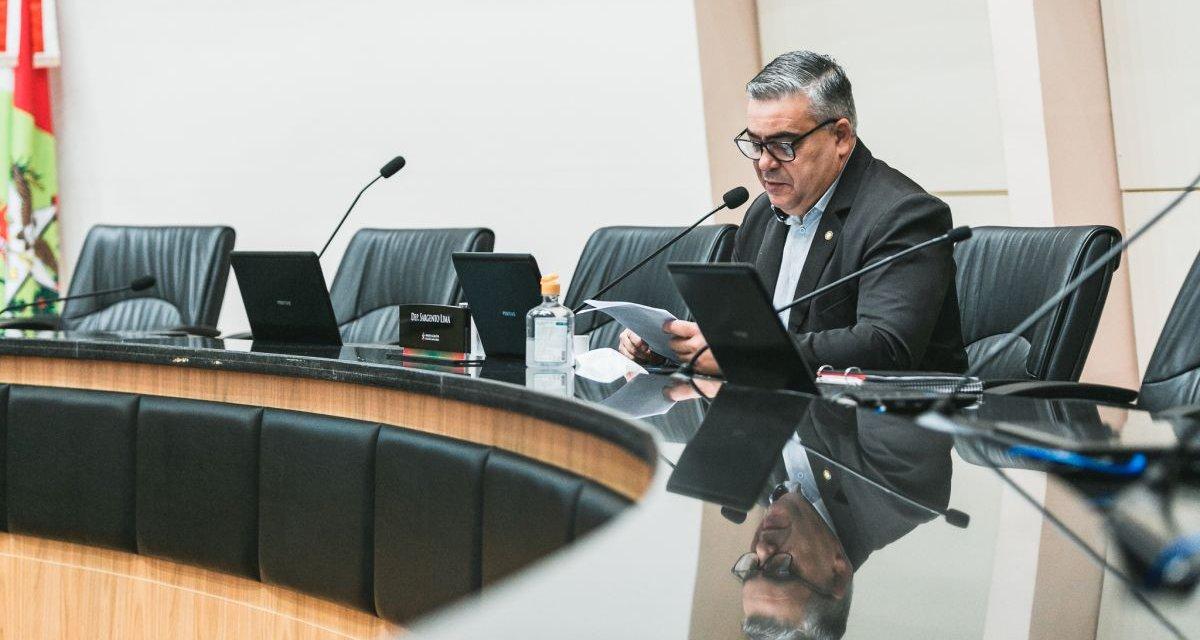 Comissão da Alesc aprova convite a delegados para falarem de suposta pressão contra investigações